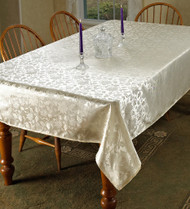 European Floral Design Tablecloth (Ivory)