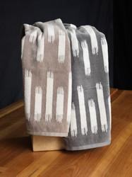 Stroke Oversized Hand Towel
