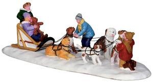 33024 - Neighborhood Dogsled Team  - Lemax Christmas Village Table Pieces