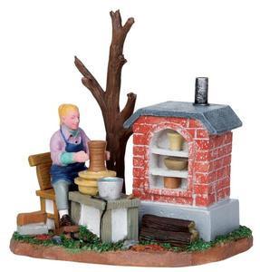 13916 - Ceramic Art - Lemax Christmas Village Table Pieces