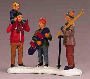 22558 -  Back at Base Lodge - Lemax Christmas Village Figurines