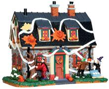 45674 - Tricked-Out House  - Lemax Spooky Town Halloween Village Houses & Buildings