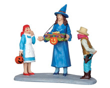 52310 - Sweet Treats - Lemax Spooky Town Figurines