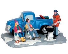 53212 - Tailgate Party - Lemax Christmas Village Table Pieces