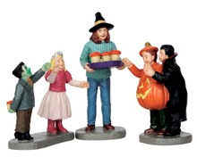 62424 - Tasty Treats, Set of 3 - Lemax Spooky Town Figurines