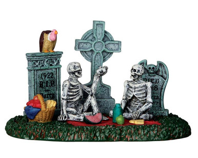 63263 - Graveyard Picnic - Lemax Spooky Town Accessories