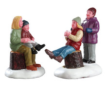 72524 - Quality Time with Mom, Set of 2 - Lemax Figurines