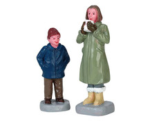 72525 - Can I Have Some Too?, Set of 2 - Lemax Figurines