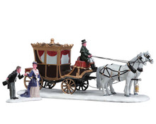 73309 - The Duchess Arrives, Set of 2 - Lemax Table Pieces