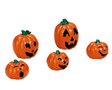 74239 - Happy Pumpkin Family, Set of 5 - Lemax Spooky Town Accessories