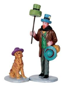 62439 - Hat Peddler, Set of 2 - Lemax Figurines