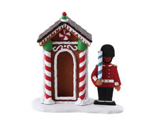 72567 - Sugar Cookie Sentry - Lemax Sugar N Spice Figurines