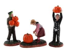 82565 - Pumpkin Pickers, Set of 3 - Lemax Spooky Town Figurines