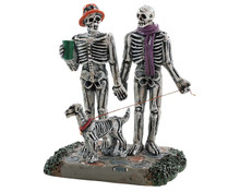 82571 - Moonlight Stroll - Lemax Spooky Town Figurines