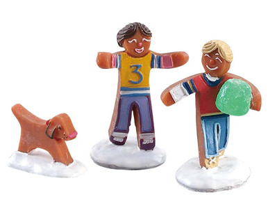 82591 - Gumdrop Football, Set of 3 - Lemax Sugar N Spice Figurines