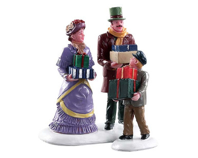 82605 - Walking Family, Set of 2 - Lemax Figurines