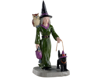 02906 - Witch Shopping - Lemax Spooky Town Figurines