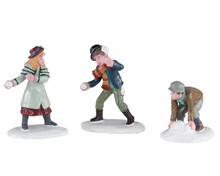 02942 - Snowball Skirmish, Set of 3 - Lemax Figurines