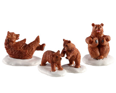 02943 - Bear Family Snow Day, Set of 4 - Lemax Figurines