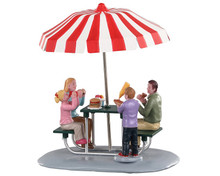 93432 - Lunch at the Park - Lemax Table Pieces