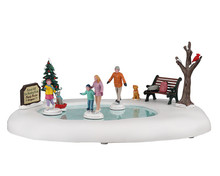 04715 - Family Skating Day, Battery-Operated (4.5-Volt) - Lemax Table Pieces