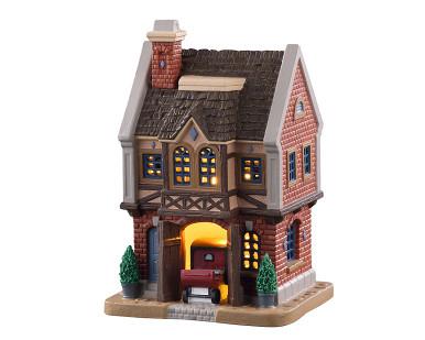 05667 - Ainsworth Coach House - Lemax Caddington Village