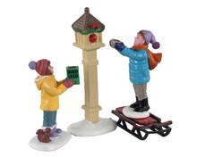 12015 - The Bird Feeders, Set of 3 - Lemax Figurines