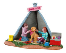 13555 - Girls Backyard Camping - Lemax Table Pieces