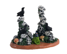 14830 - Skull Cairns - Lemax Spooky Town Accessories