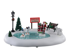 14837 - North Pole Skating Rink, Battery-Operated (4.5v) - Lemax Table Pieces