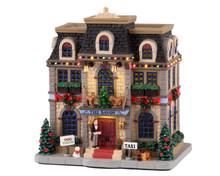 15737 - Christmas at the Savoy, with 4.5v Adaptor - Lemax Caddington Village