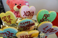 XOXO Conversation Hearts Cookie Bouquet.  What a great way to send sweet messages .  7 Cookie Bouquet.