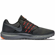 Nike Mens Run Swift SE Running Shoe Black/Dark Grey/Total Crimson