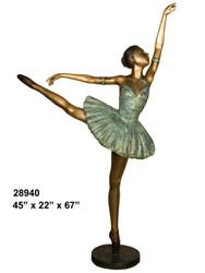 Ballerina - Posing