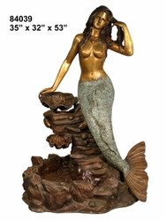 Mermaid with Shell on Rock Formation (Recirculating Base)
