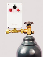 Brass Low Gas Pressure Alarm 110 VAC Power CGA Connections With Audio/Visual Alarm And Silence Button