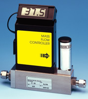 Aluminum Electronic Mass Flow Controller A3 Viton® Seals 0-50 sccm Output Signal V = 0-5 VDC Model A810T-A-V-00050-V