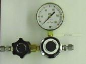 A3 Single Regulator Vertical Brass Point Of Use Panel 0-100 psig Model 2231-V-100