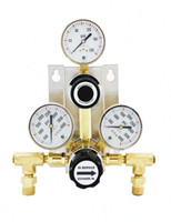 "A9 High Purity Semi-Auto Brass Changeover Manifold 0-25 PSIG W/Isolation Valves & Check Valves 36"" SS Pigtails Model 914-1-025-FPB604-3-CV-8310-P4FF2"