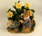 Boyds  ~   MRS. CHIPS With MEG & NUTLEY ...STROLL  *1E*  NEW From Our Shop