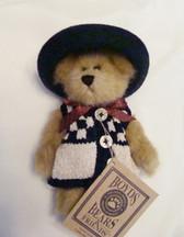 "Boyd's  ~  CAITLIN  BERRIWEATHER ... 6"" Bear w/Hat & Sweater  NWT"