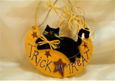 Halloween  ~  TRICK OR TREAT w/Cat ... Wood Hanging  * MINT Condition