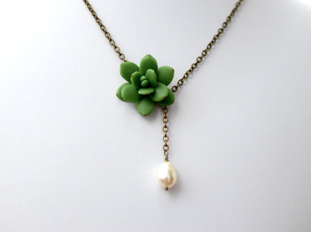 Helena Drop Necklace in Green succulent with Pearl