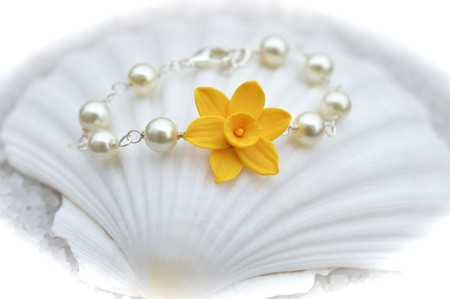 Andrea Link Bracelet in Golden Yellow Daffodil with Pearls