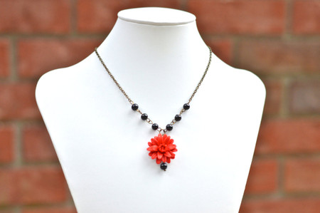 Lexie Centered Necklace in Red Dahlia with Black Glass Beads