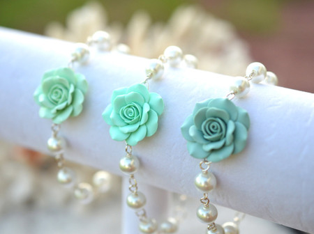 Aaliyah Link Bracelet in Mint Green Shade (Light Mint, Mint, Dusty Mint)
