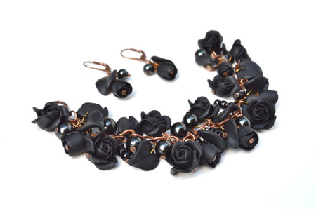 Lucinda Garden Bracelet and Earrings  in Black Rose. Set of 2