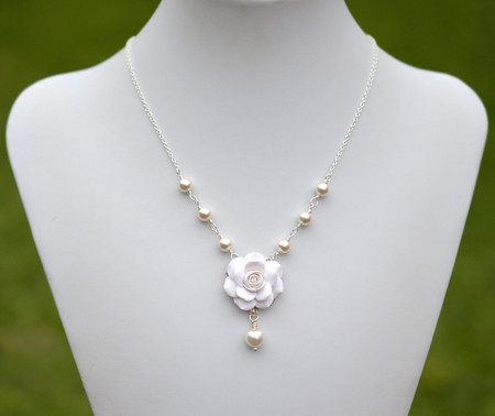 Hannah Centered Necklace in White Rose with Pearls