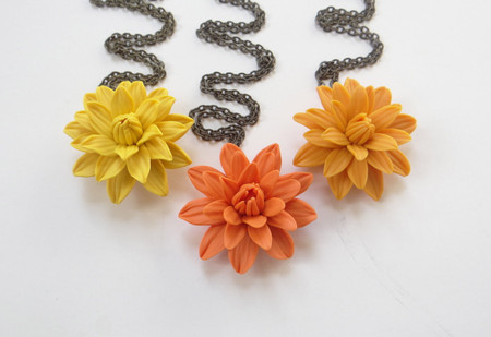 Dahlia Simple Drop Necklace