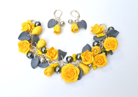 Lucinda Garden Bracelet and Earrings in Golden yellow and Grey. Set of 2